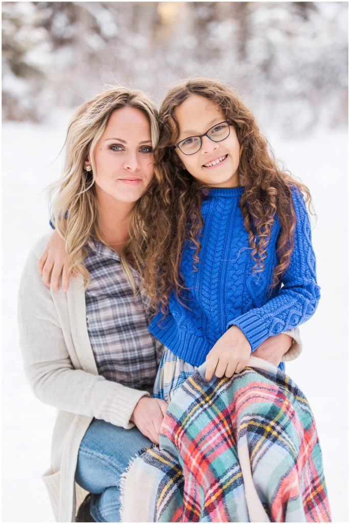 mom and daughter, winter family photos,