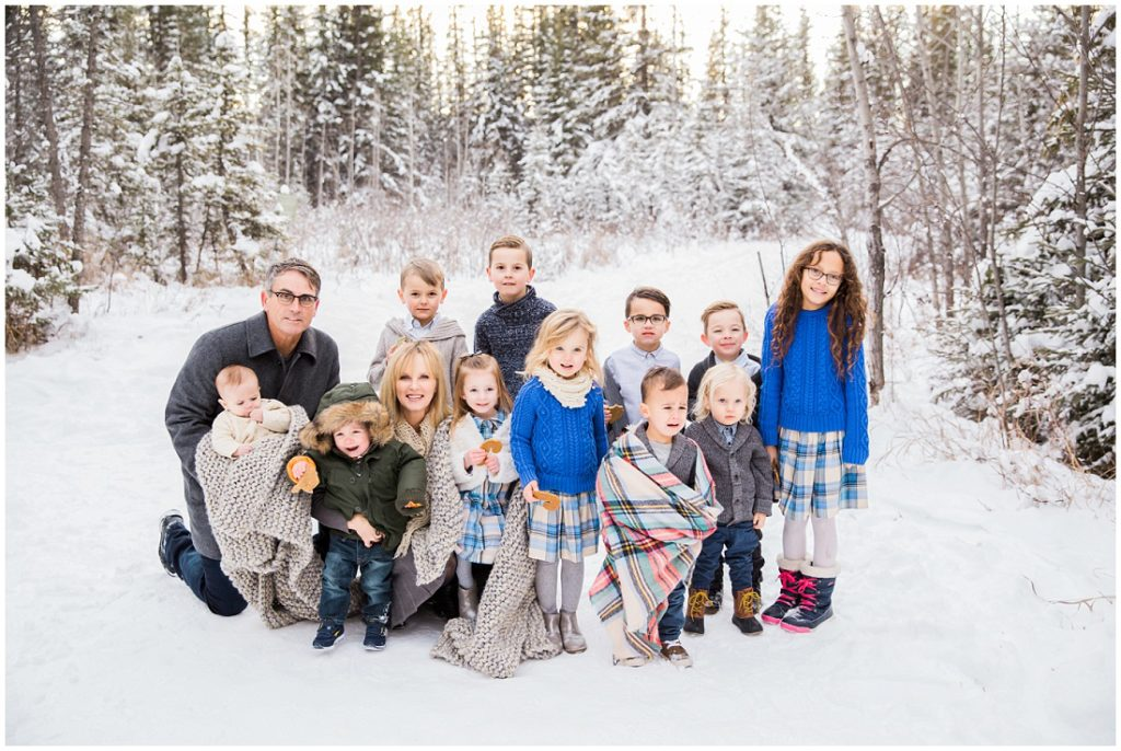 grandparents with grandkids, family photos, winter family photos