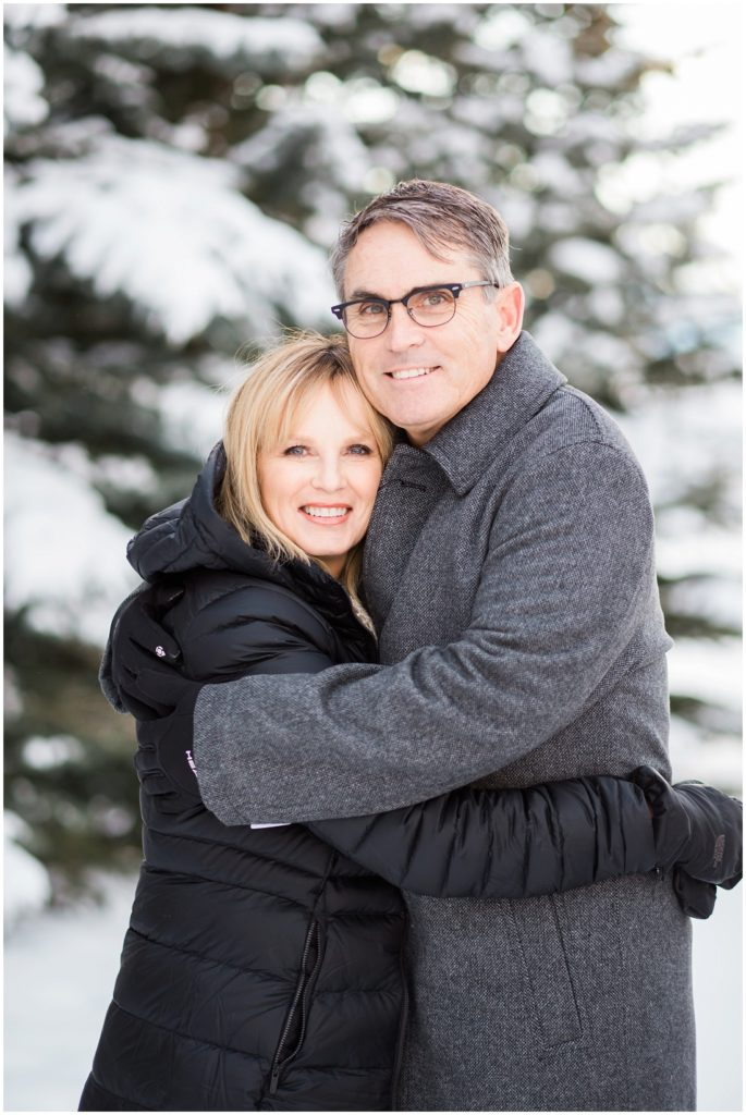 beautiful couple, winter family photos
