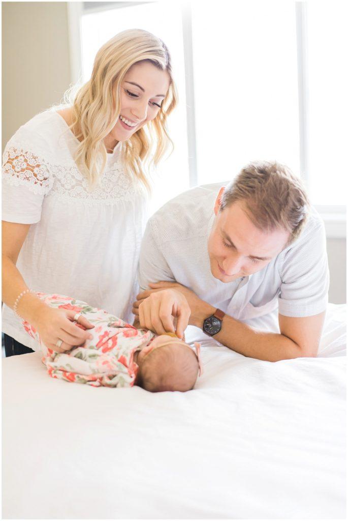 lifestyle newborn photos, Calgary newborn photos